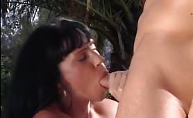 Valentina in Carriera - Il video porno intero