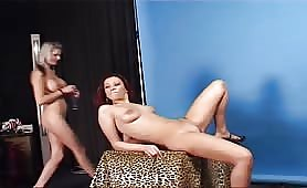 Isabella Bellini Lesbo con Serena Neri