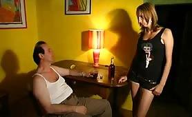 Alessia e Rossella Conti in porno incesto con il babbo