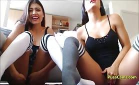 due troiette venezuelane ditalinoi e porcate in web cam con il dildo