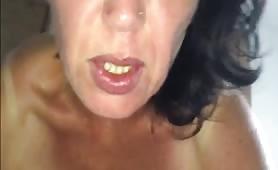 alla matura piace il mio cazzo, forse è tua madre