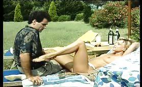Selen Puledra in Calore - Il video porno completo