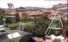 La mitica cougar rossa, Teresa Visconti sodomizzata sul terrazzo