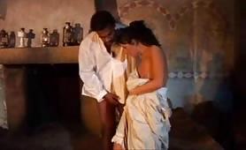 Sexy Luna da Ferrara, inculata da Franco Roccaforte in porno interraziale