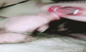 La napoletana fa un gran pompino con sborrata in bocca