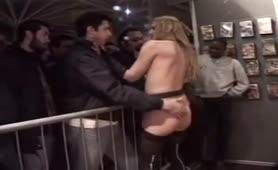 Le Pompiere - Video  porno completo con Lady Rox