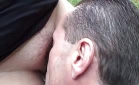 L a milfona porca  Pamela De Boni sesso in campagna