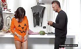 Priscilla Salerno milf itailana porno halloween