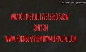 Lesbo fetish con Valery vita