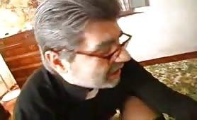 Gina Montagna, una troia matura bruttina e cicciona inculata dal prete cazzuto