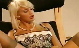 Sensazioni- Video porno completo con Brigitta Bulgari