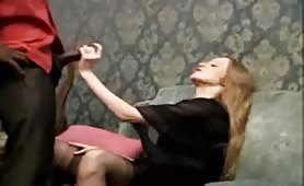 Bambola, seducente russa succhia e sega in porno interraziale